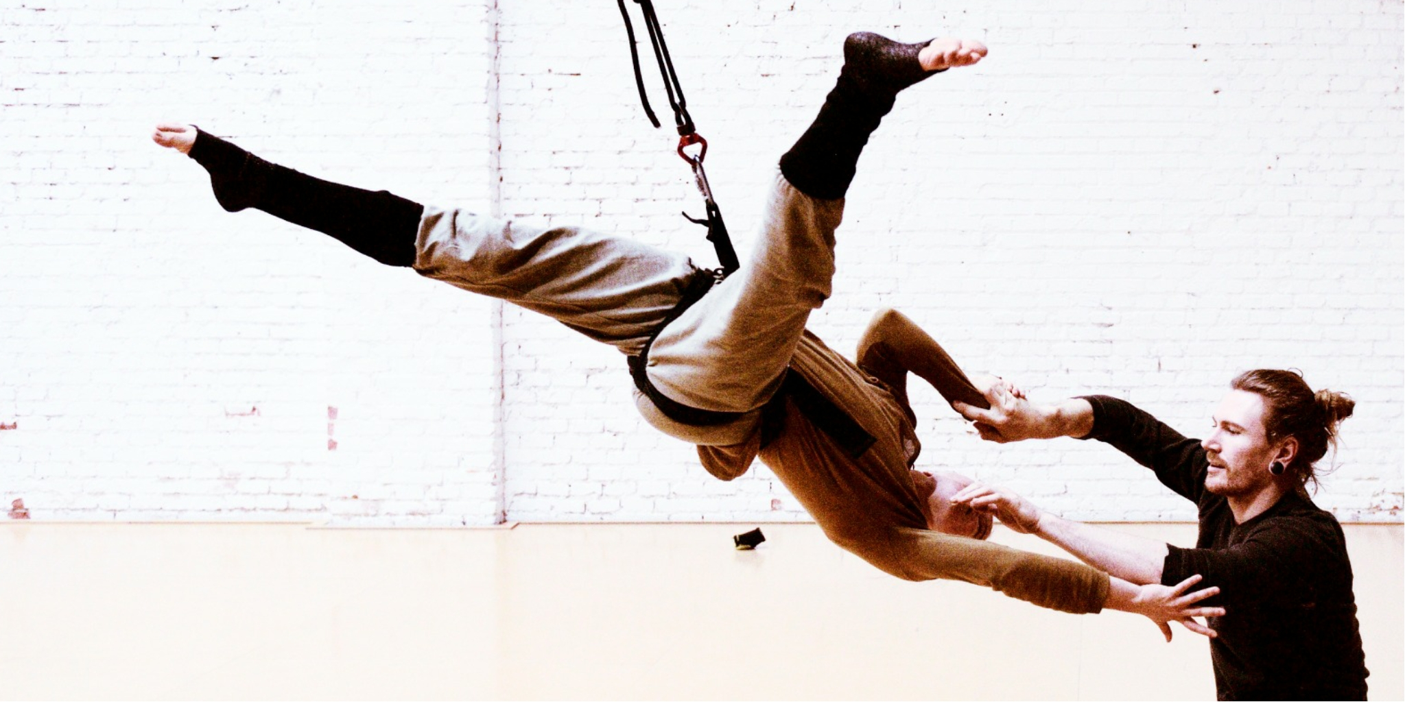 El Contact Aéreo como extensión de la Danza Aérea – Vuela
